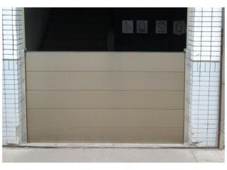 龜山電子廠廠房出入口防水閘門施作