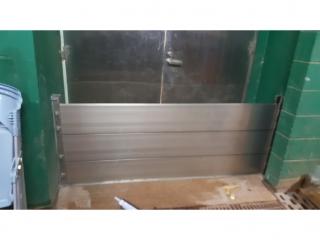 台北天母棒球場球員休息室防水閘門
